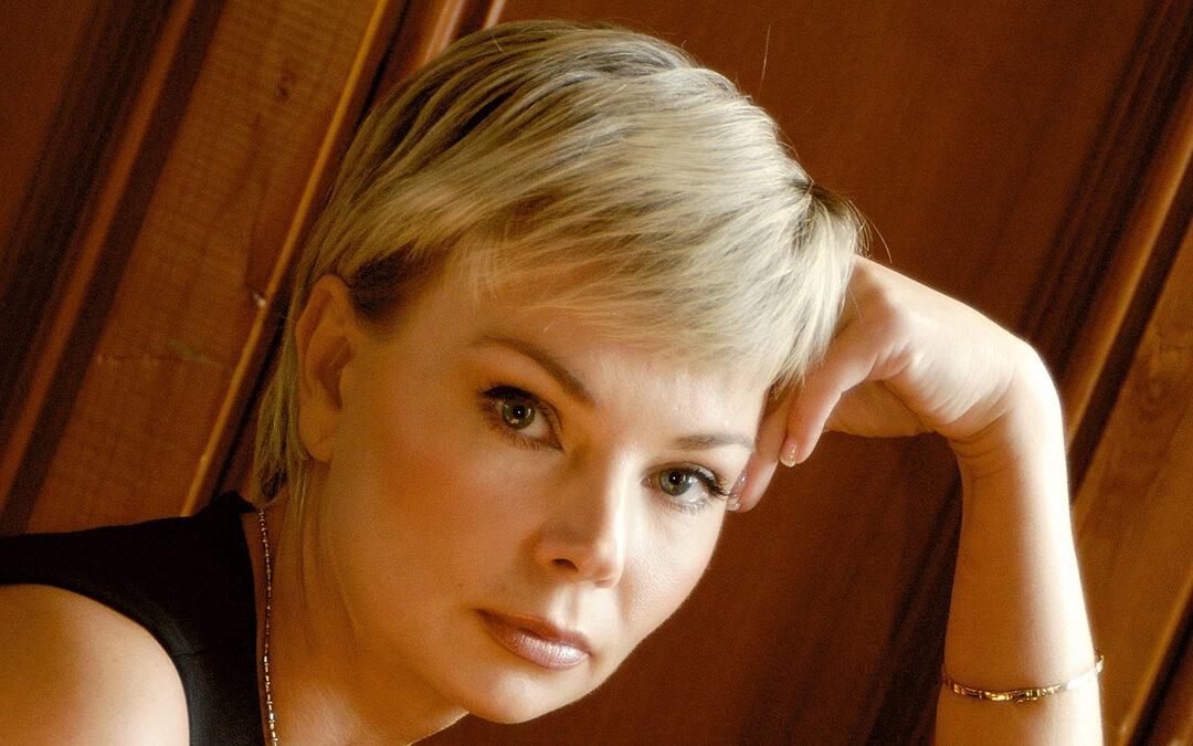 Пианистки: Елена Лопухова
