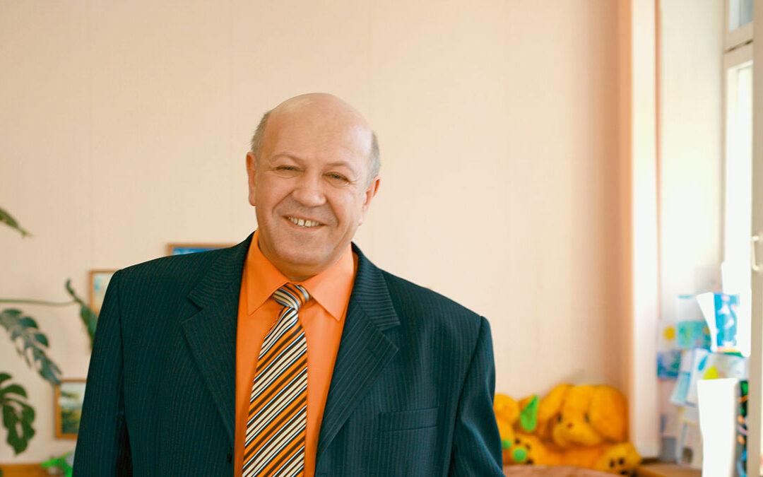 Дневник директора школы: Валерий Ходас