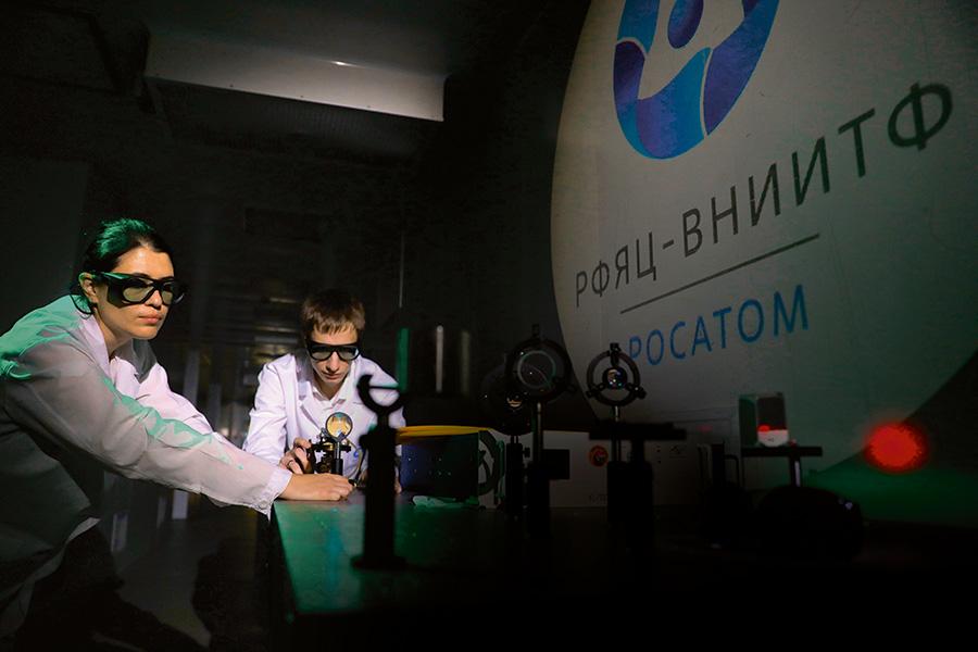 Работа с волоконным лазером для аддитивных технологий
